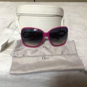 Like New Dior Sunglasses